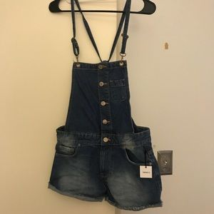 Brand new w tags short overalls